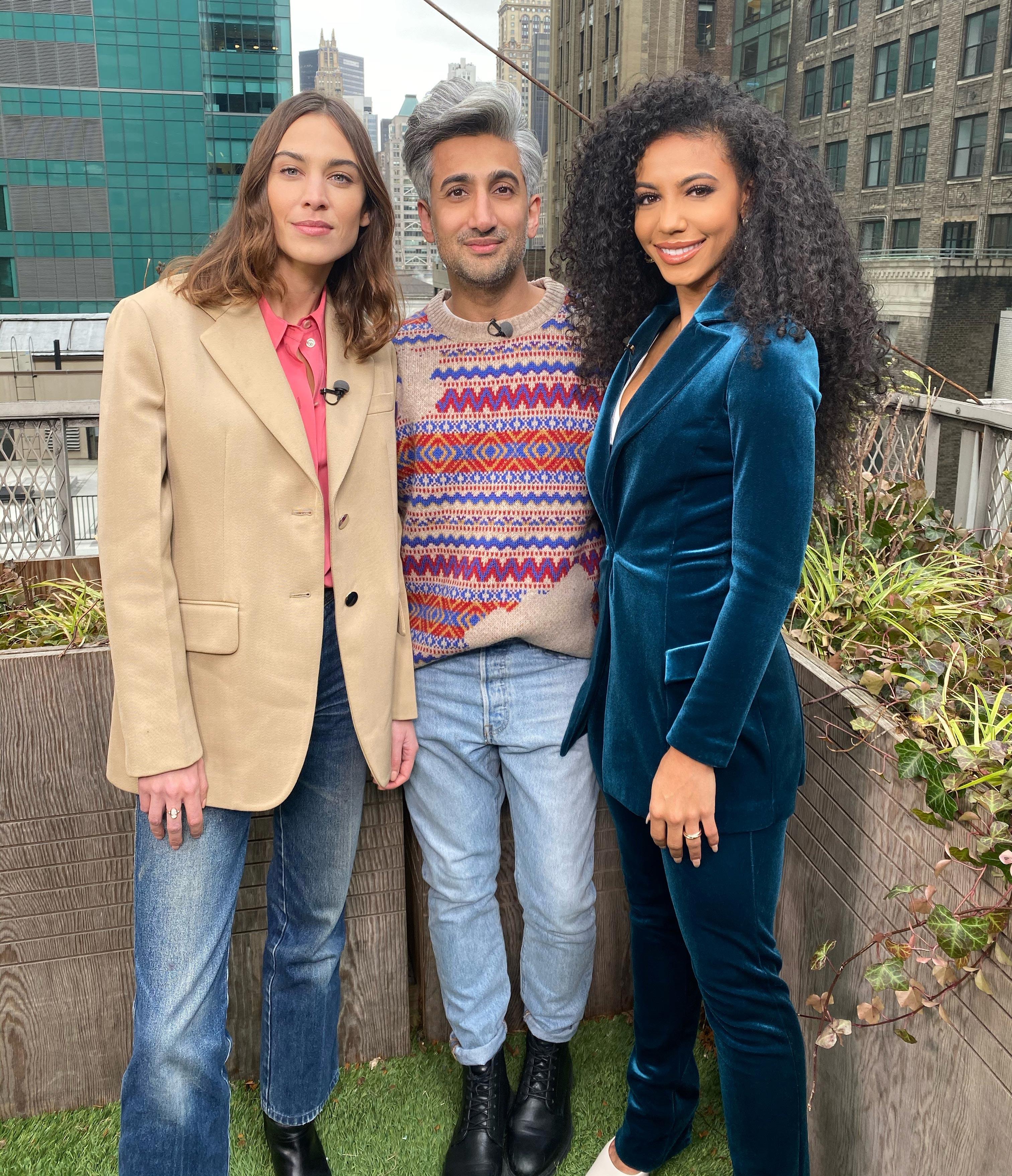 Alexa chung tan france Cheslie Kryst in blue velvet suit for extra tv interview